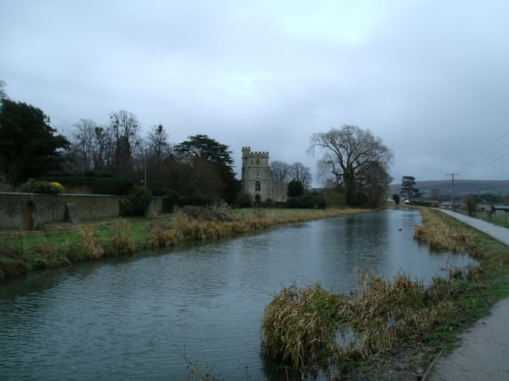 Hike to Eastington Church along river Frome
