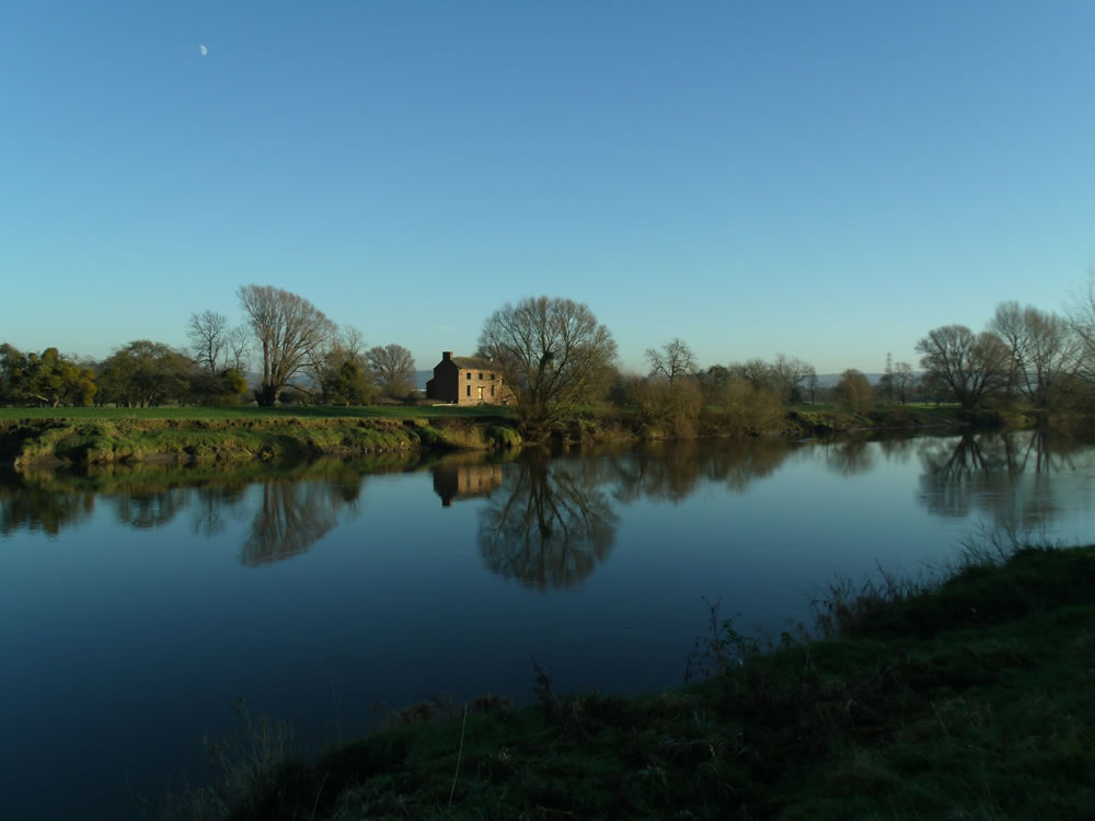 Disused house on River Severn