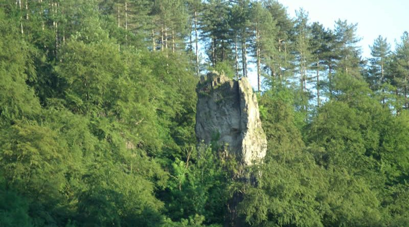 The Long Stone rock pillar at Symonds Yat East