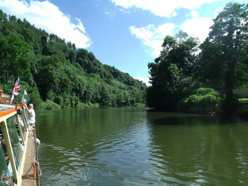View from the kingfisher cruises boat on the river wye