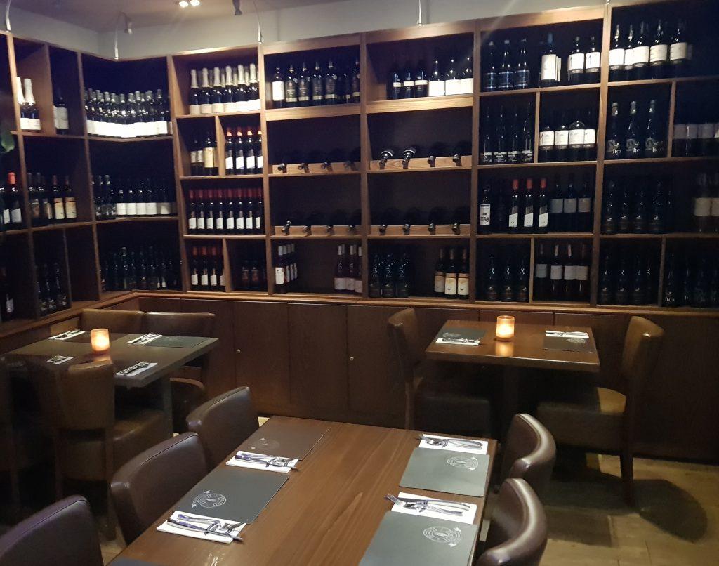 Greek restaurant Wine