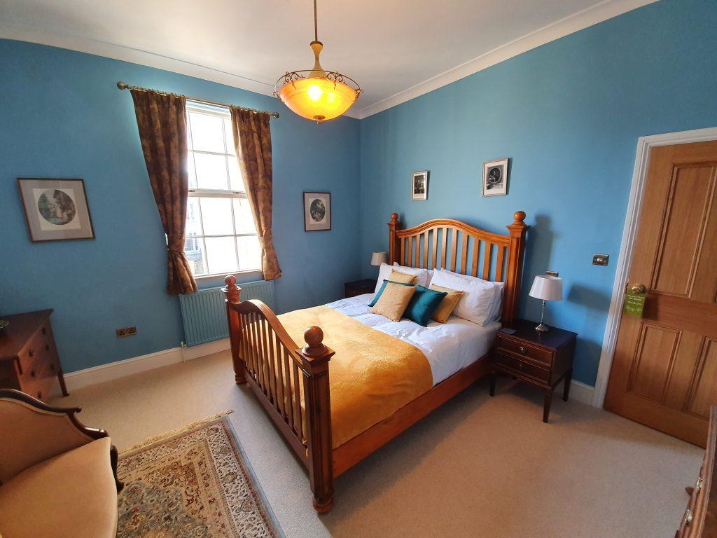 Posh bed and breakfast in Cheltenham