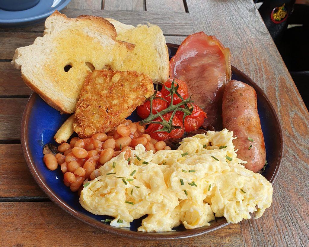 Breakfast at Guru