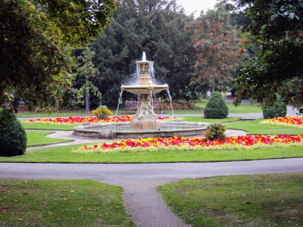 Sandford Park Cheltenham Fountain