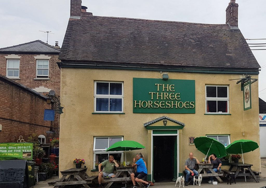 The Tree Horseshoes Pub